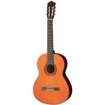 Yamaha C40 - гитара классическая, корпус - меранти, верхняя дека - ель